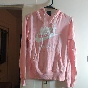 Women's Nike standard fit lightweight hoodie shirt